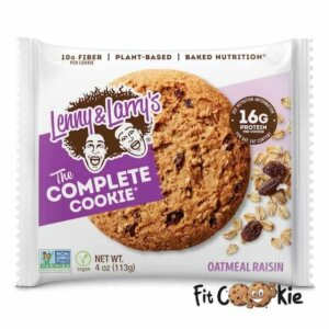 the-complete-cookie-oatmeal-raisin-lenny-and-larrys